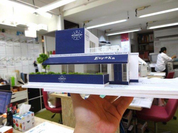 新築戸建てカフェの模型。