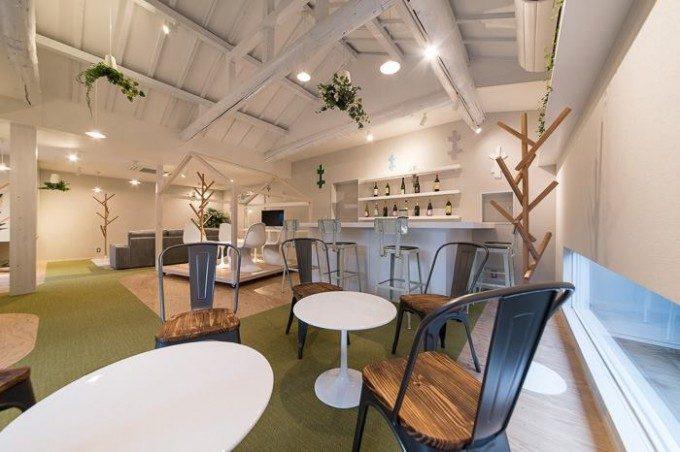 コミュニティーサロン兼自宅の内装デザイン。